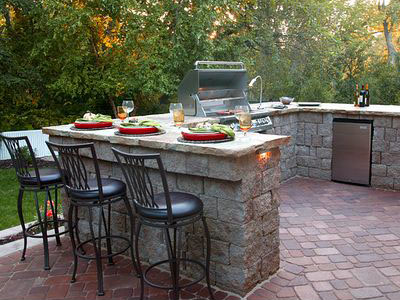 Entertaining And Cooking Outdoors Couldn T Get Much Better Than This Outdoor Kitchens Can Be As Simple A Built In Grill Or More Elaborate Creative